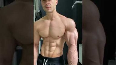 How to Grow Your Biceps & Triceps